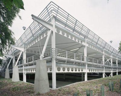 Bãi Đậu Xe Bằng Thép